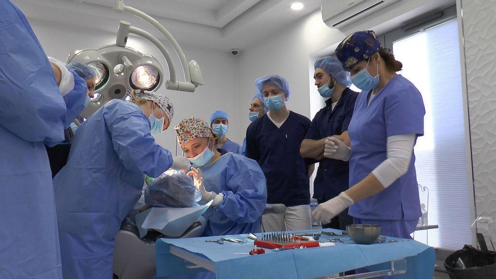 practiculum-implantologii-05-s6b-374