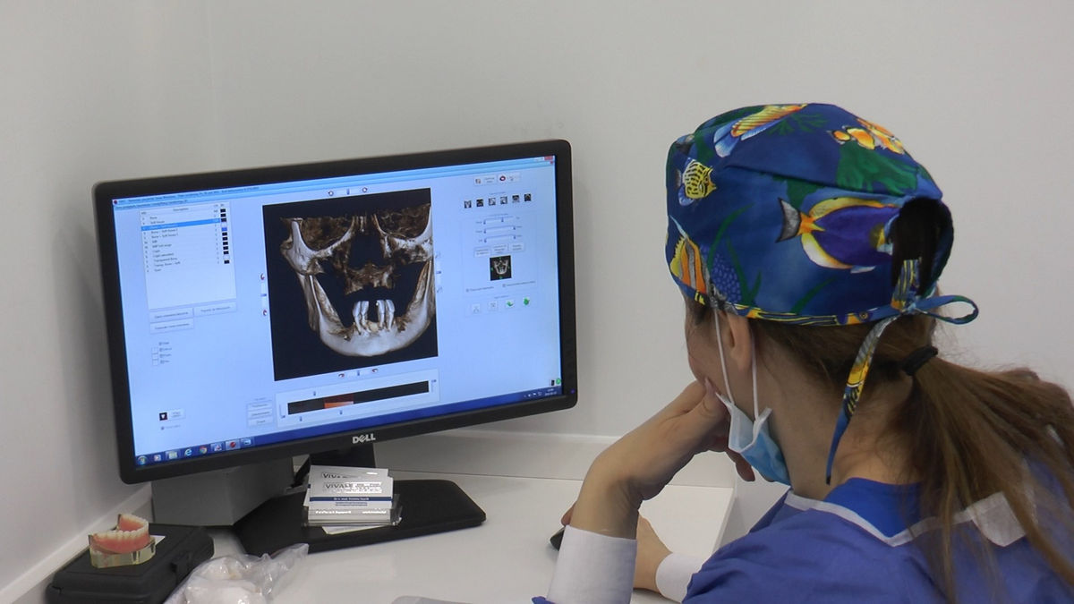 practiculum-implantologii-svb-s7-d1-031