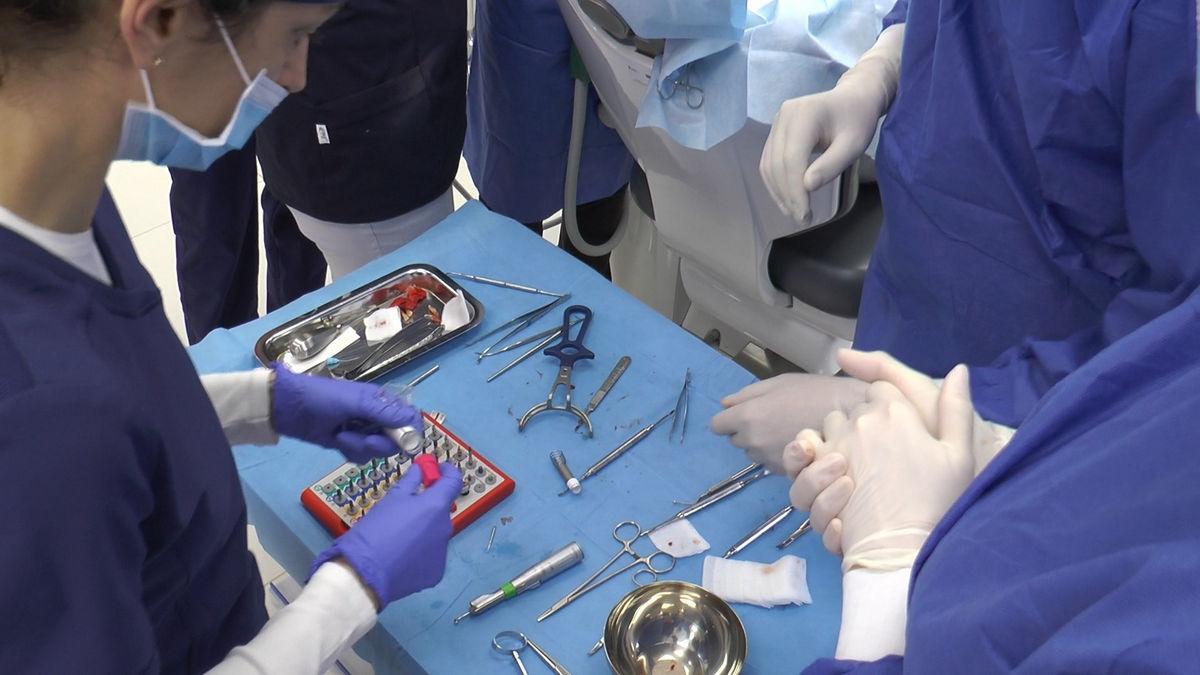practiculum-implantologii-svb-s7-d1-057