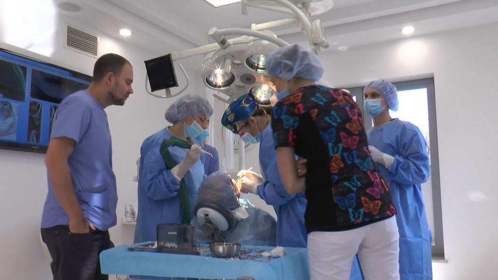 practiculum-implantologii-05-s7a-d2-136