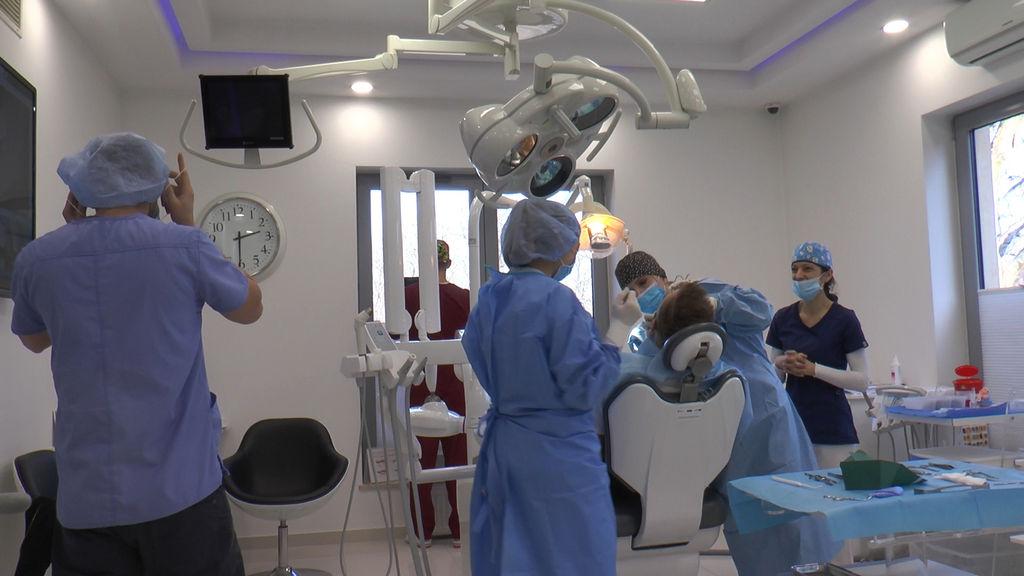 practiculum-implantologii-05-s7a-d2-389