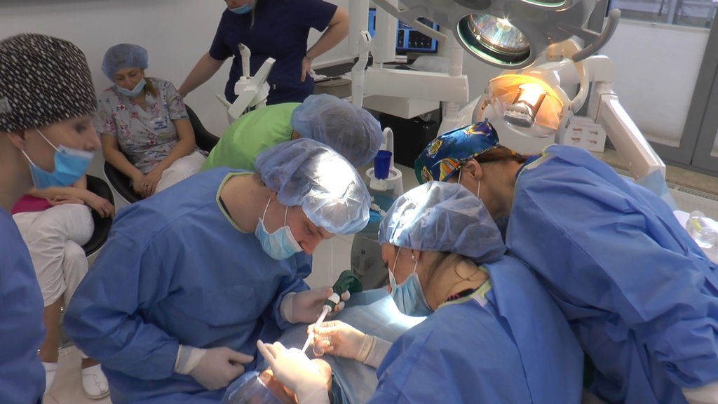 practiculum-implantologii-05-s7a-d1-210