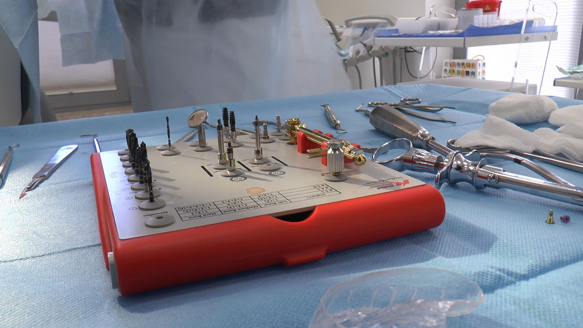 practiculum-implantologii-sva-s8-178