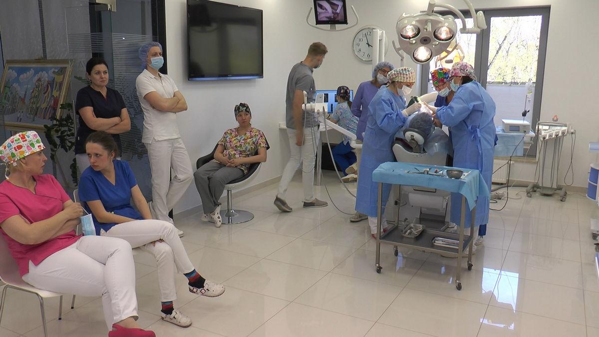 practiculum-implantologii-svb-s8-p3-203