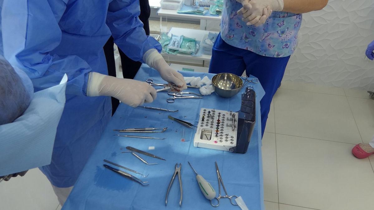 practiculum-implantologii-svb-s8-p1-031