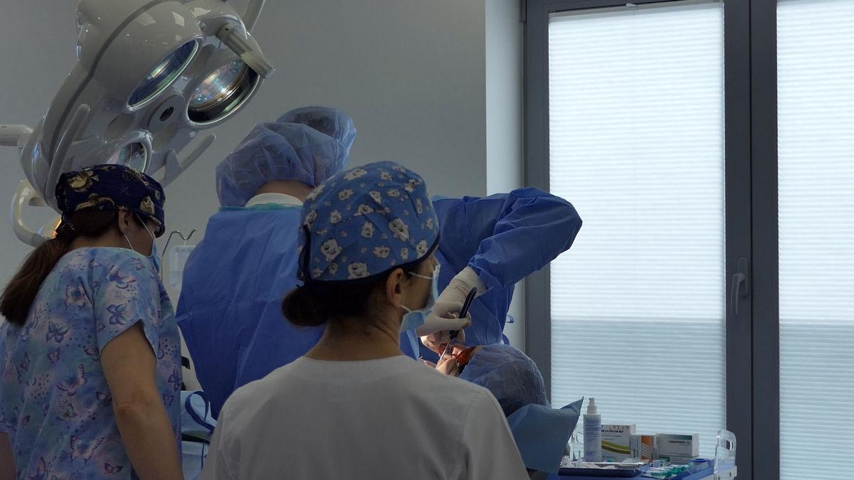 practiculum-implantologii-svb-s8-p1-064