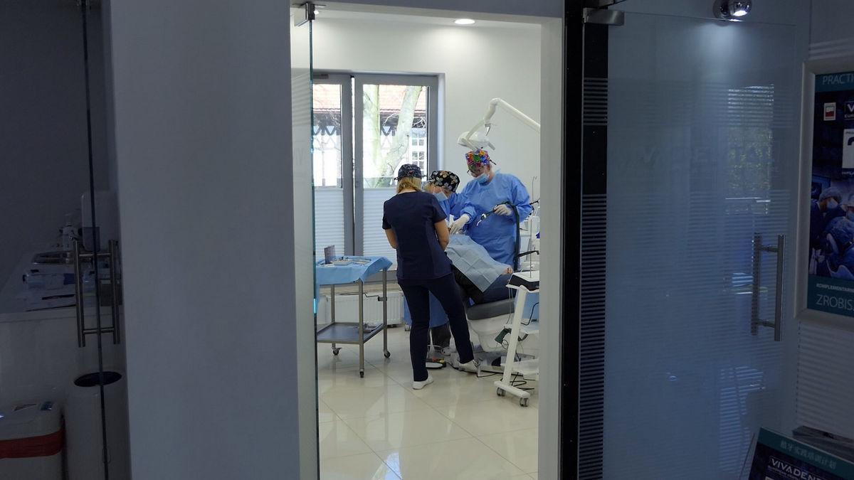 practiculum-implantologii-svb-s8-p1-075
