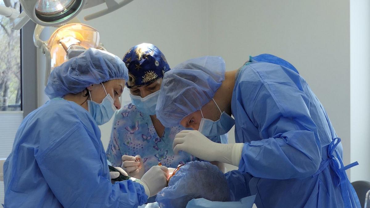 practiculum-implantologii-svb-s8-p1-077