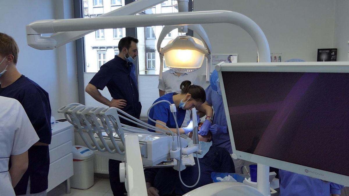 practiculum-implantologii-svb-s8-p1-083