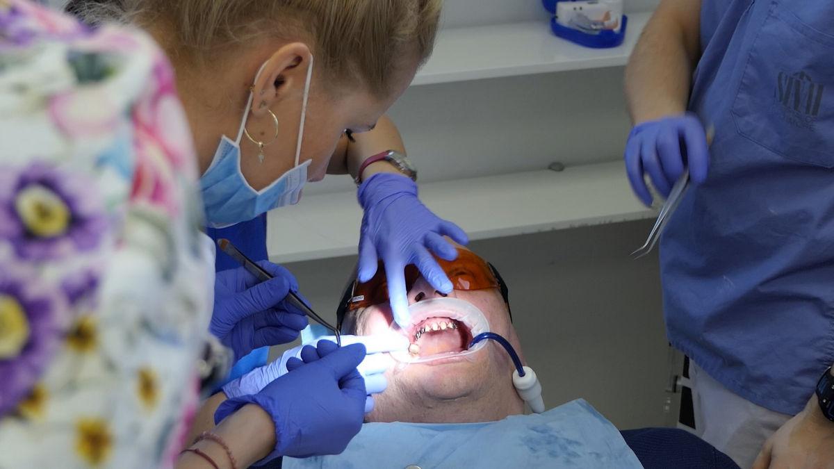 practiculum-implantologii-svb-s8-p1-089