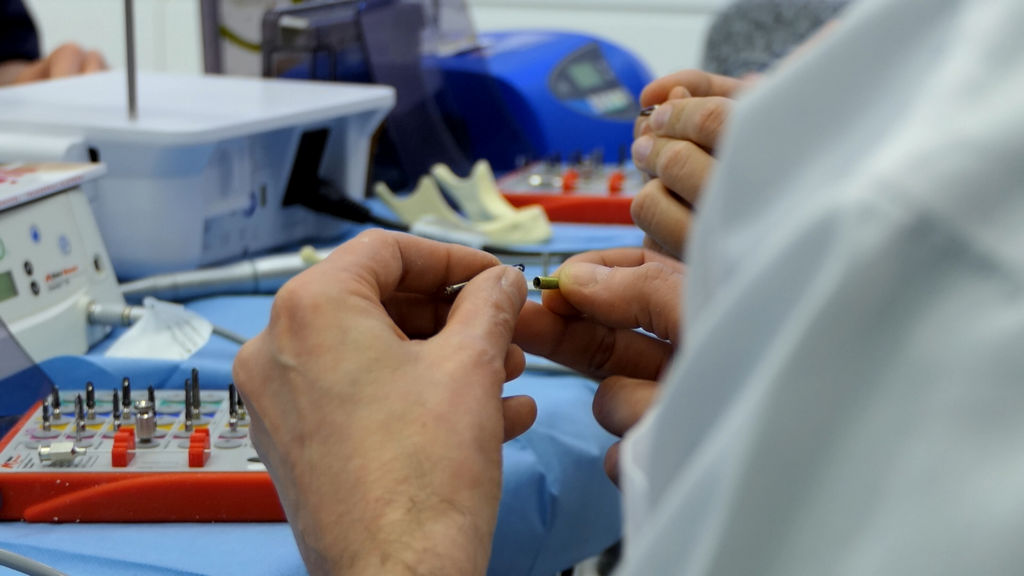practiculum-implantologii-06-s1-021