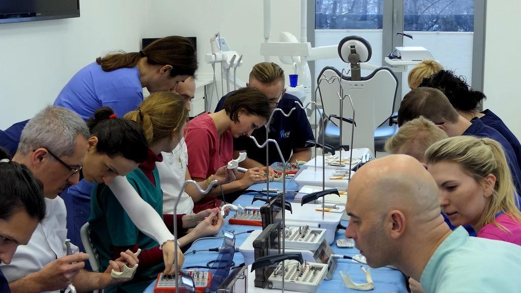 practiculum-implantologii-06-s1-026
