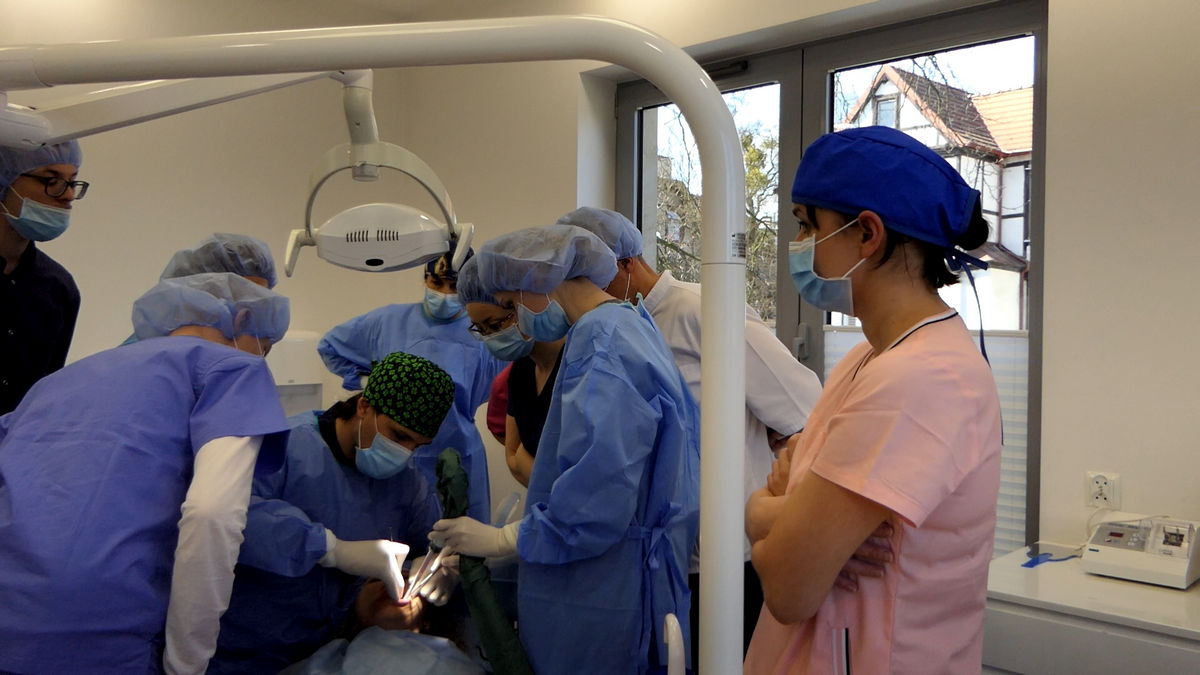 practiculum-implantologii-svi-s2-007