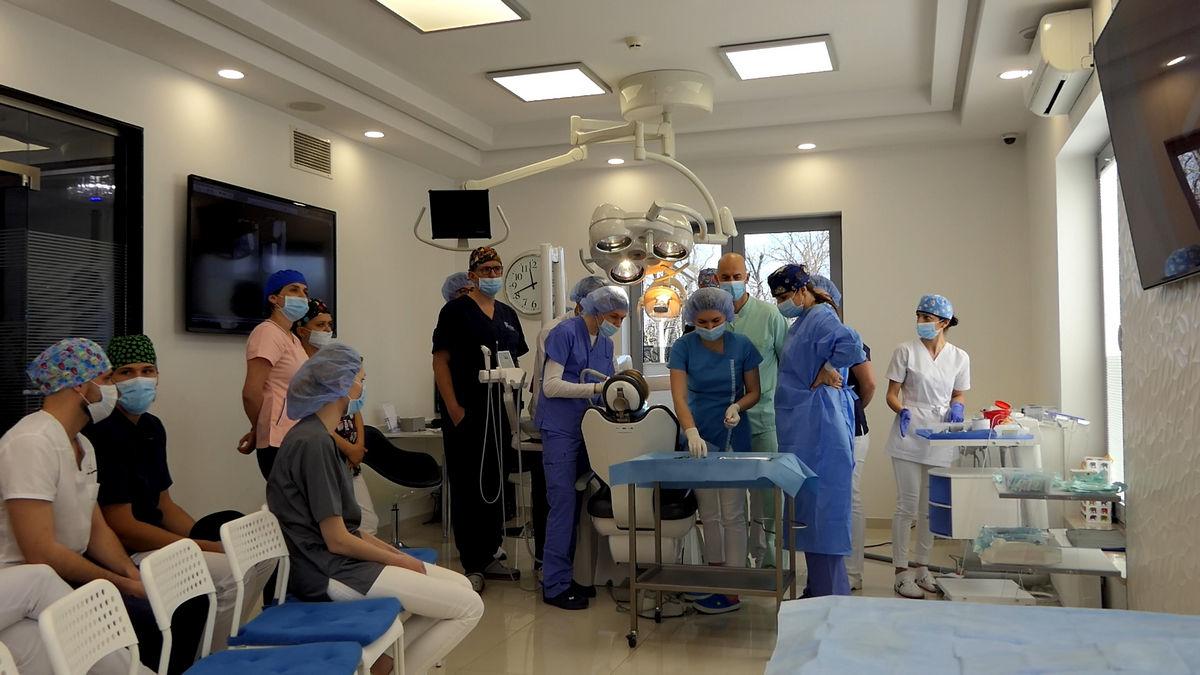 practiculum-implantologii-svi-s2-016