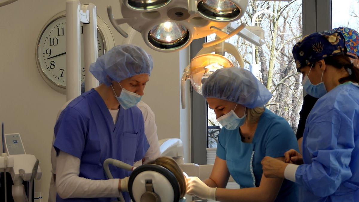practiculum-implantologii-svi-s2-021