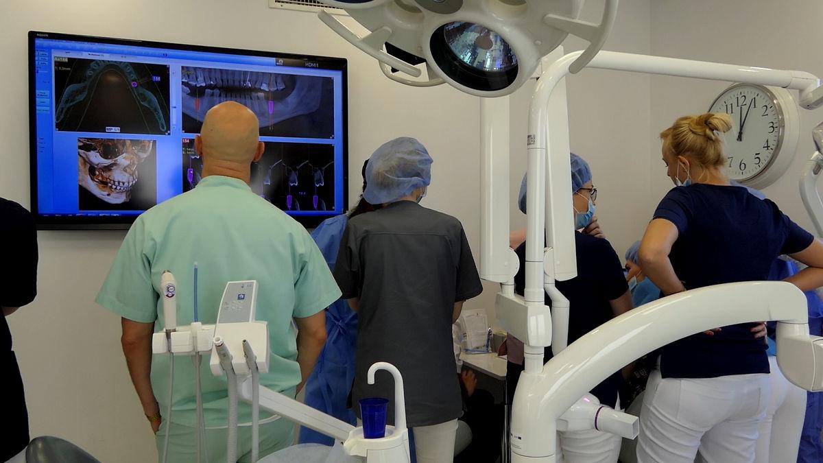 practiculum-implantologii-svi-s2-045