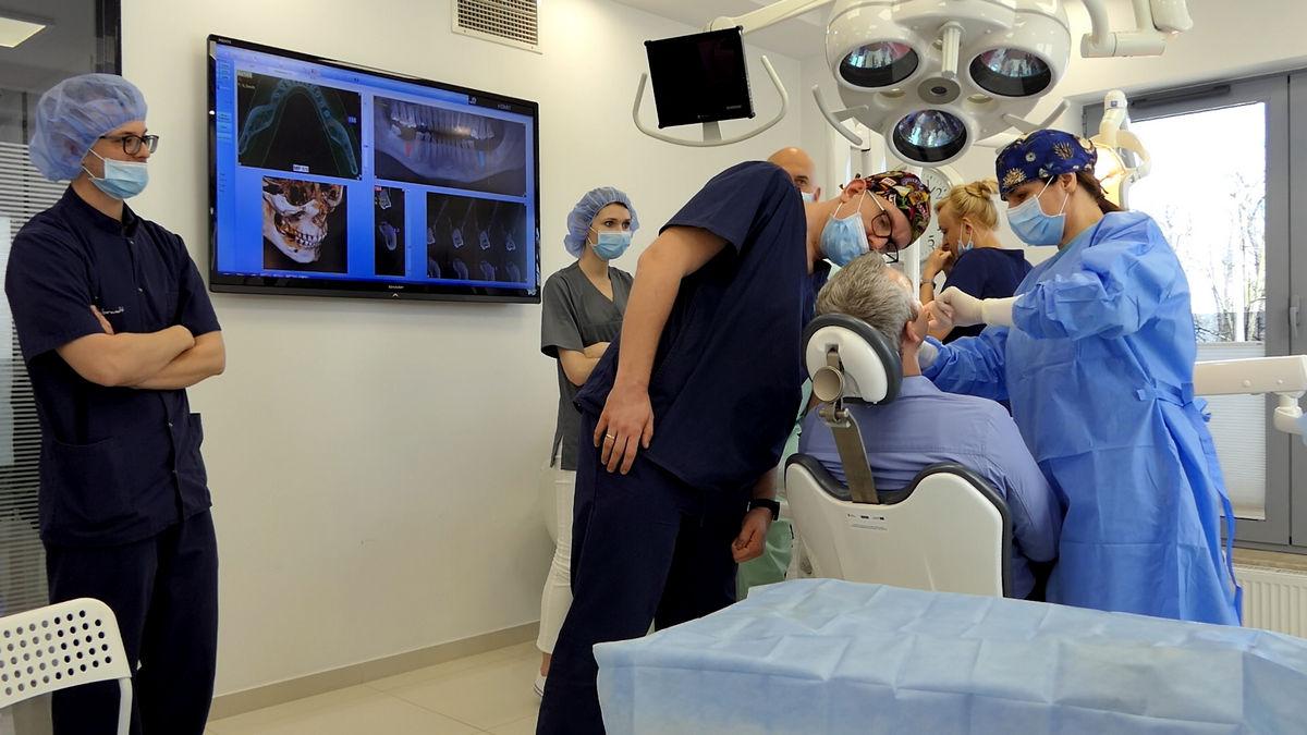 practiculum-implantologii-svi-s2-047