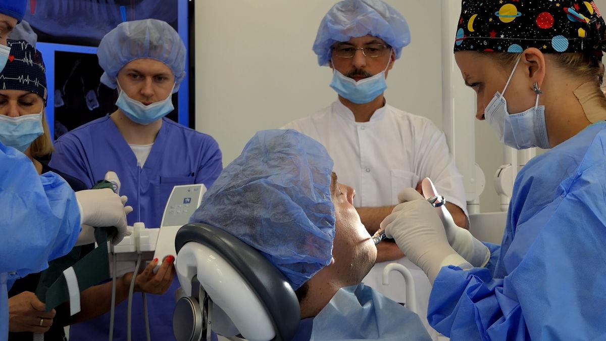 practiculum-implantologii-svi-s2-063