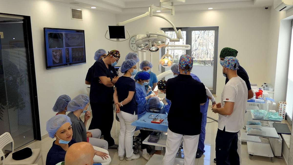 practiculum-implantologii-svi-s2-092
