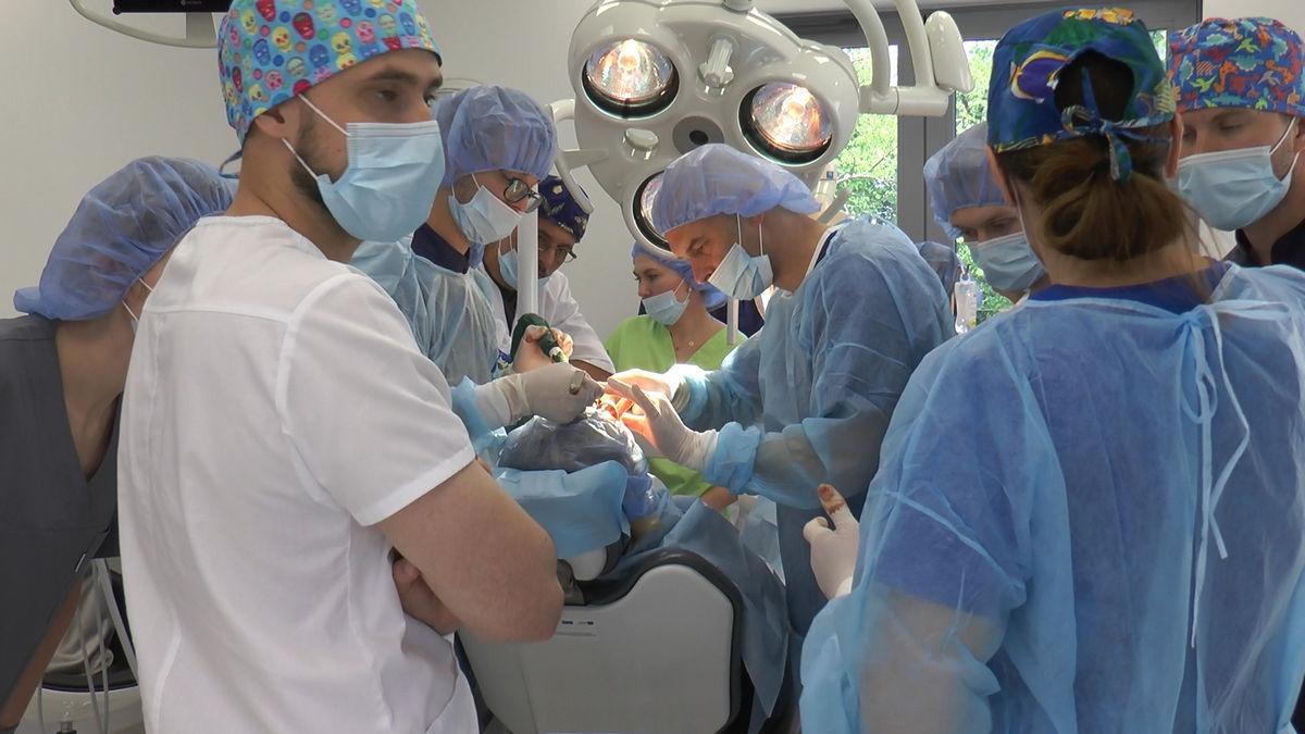 practiculum-implantologii-siv-s3-033