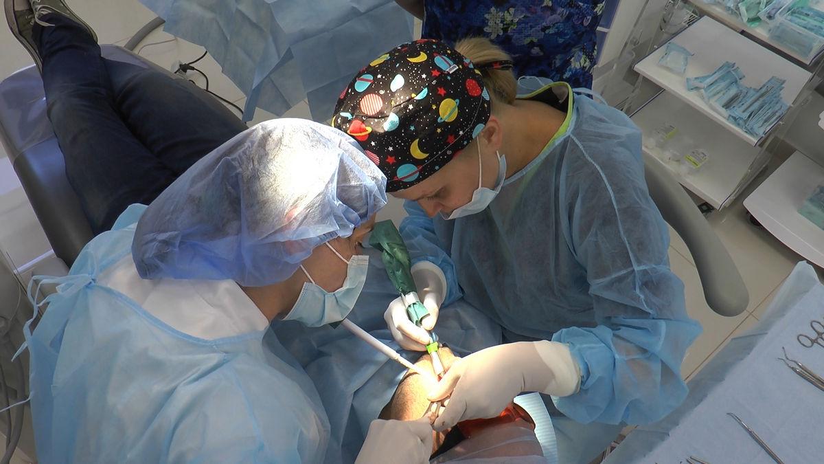 practiculum-implantologii-siv-s3-098