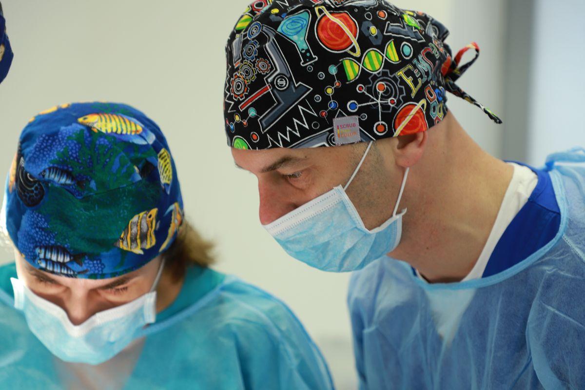 practiculum-implantologii-svi-s8-003