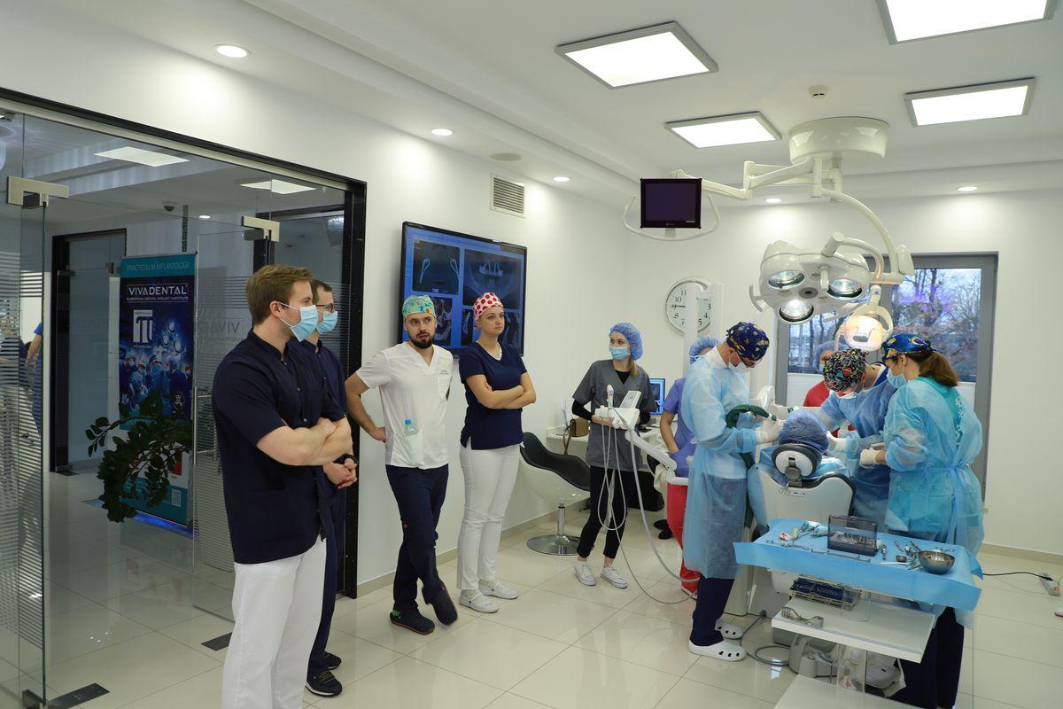 practiculum-implantologii-svi-s8-014