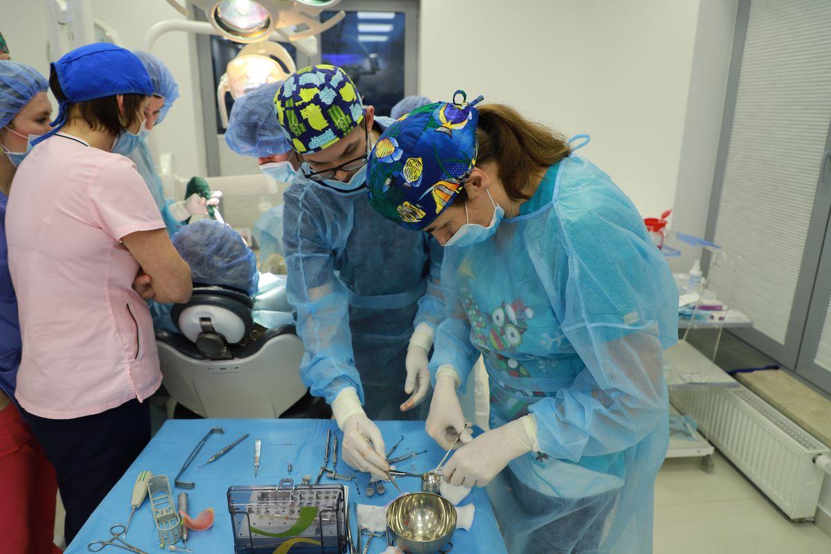 practiculum-implantologii-svi-s8-022