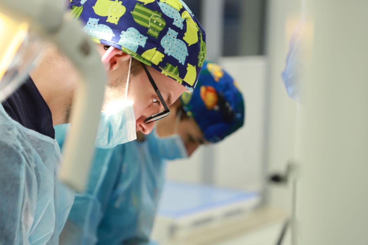practiculum-implantologii-svi-s8-024