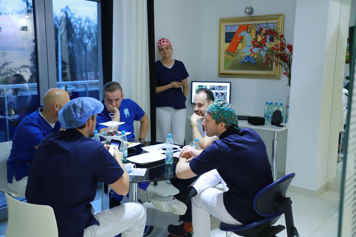 practiculum-implantologii-svi-s8-035