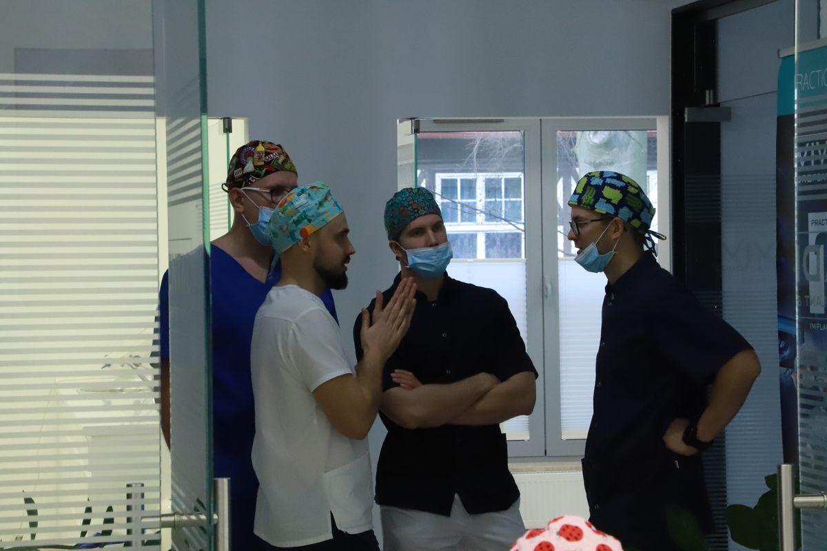 practiculum-implantologii-svi-s8-051