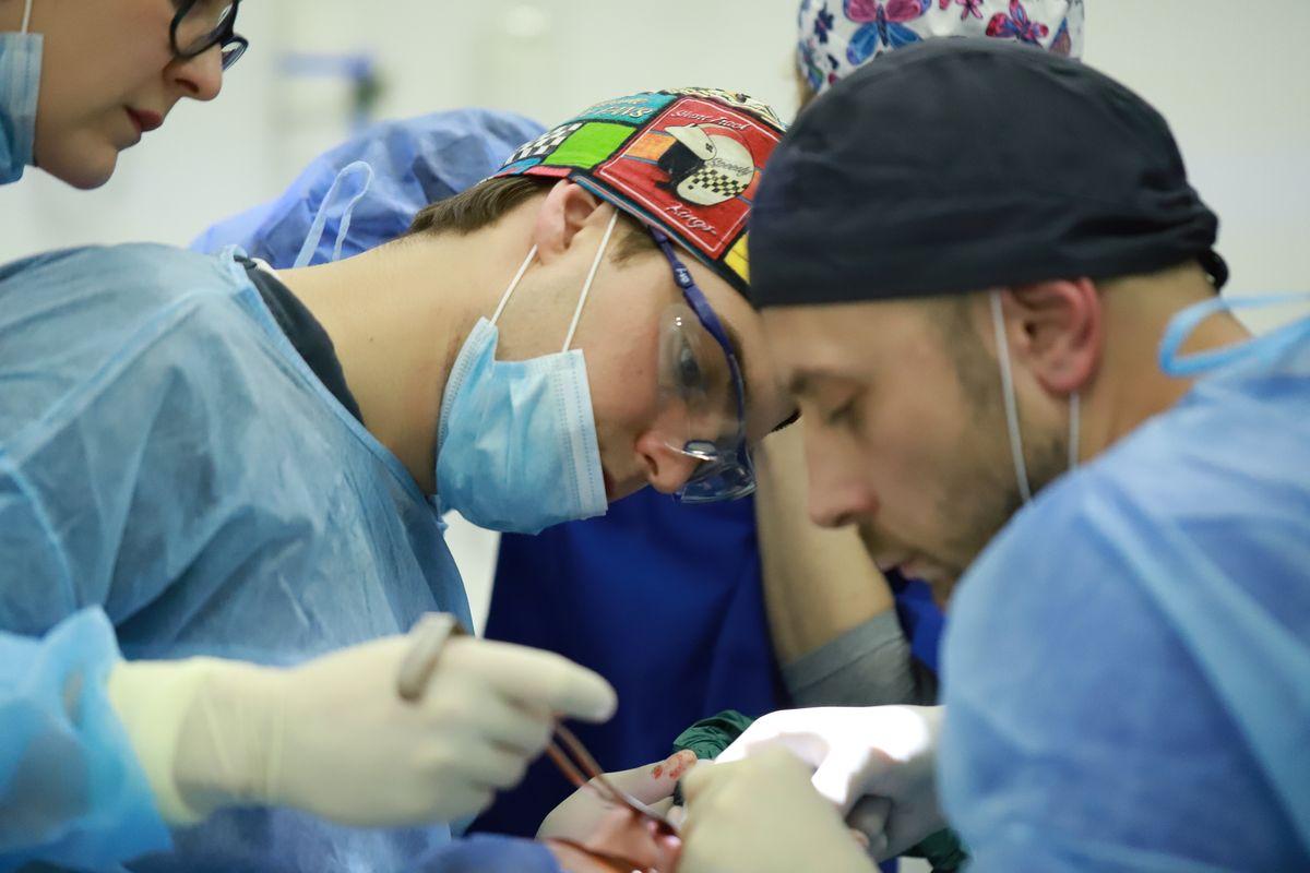 practiculum-implantologii-sviib-s5-031