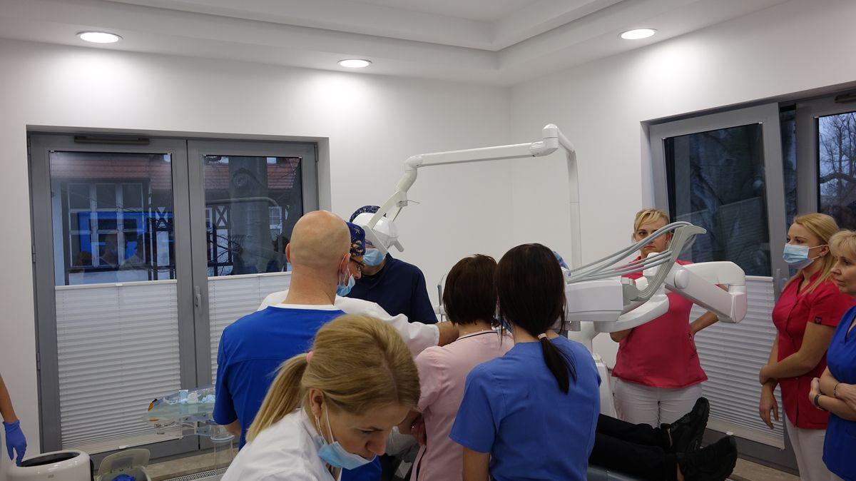 practiculum-implantologii-svi-s8-005