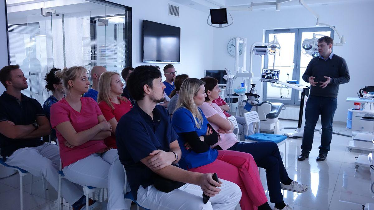 practiculum-implantologii-svi-s8-015