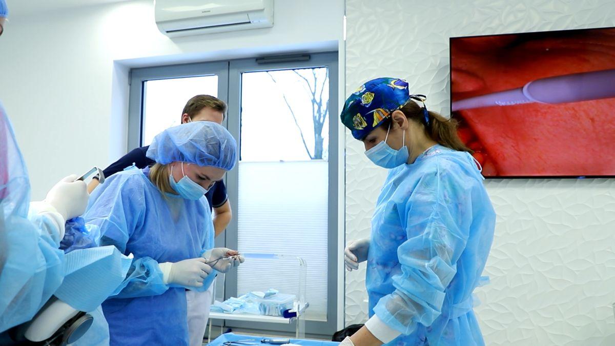 practiculum-implantologii-svi-s10-004
