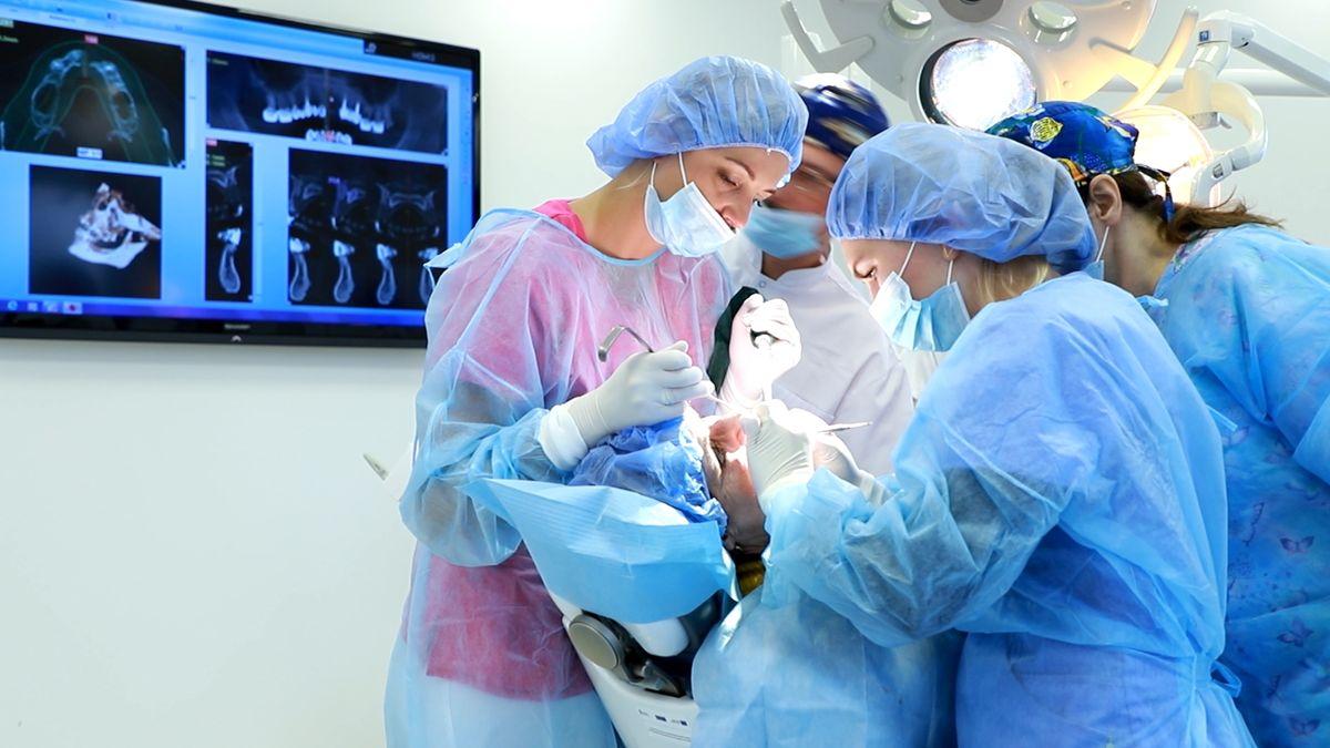 practiculum-implantologii-svi-s10-005