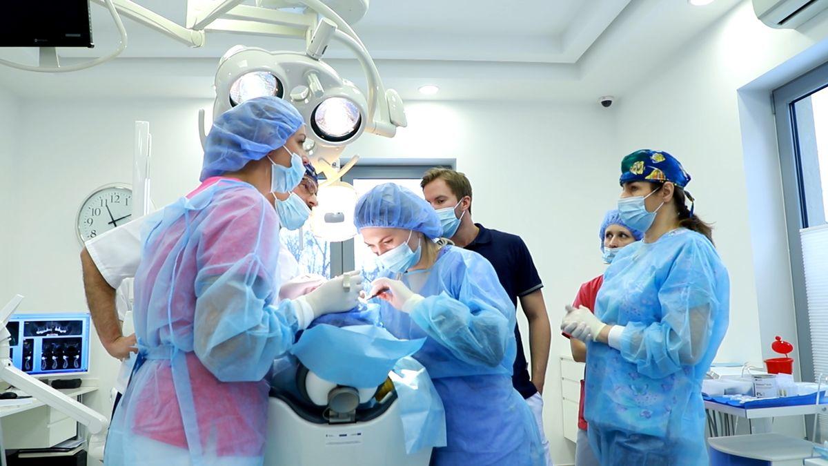 practiculum-implantologii-svi-s10-015