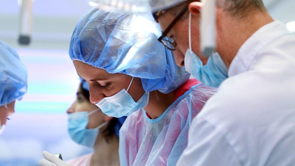 practiculum-implantologii-svi-s10-018