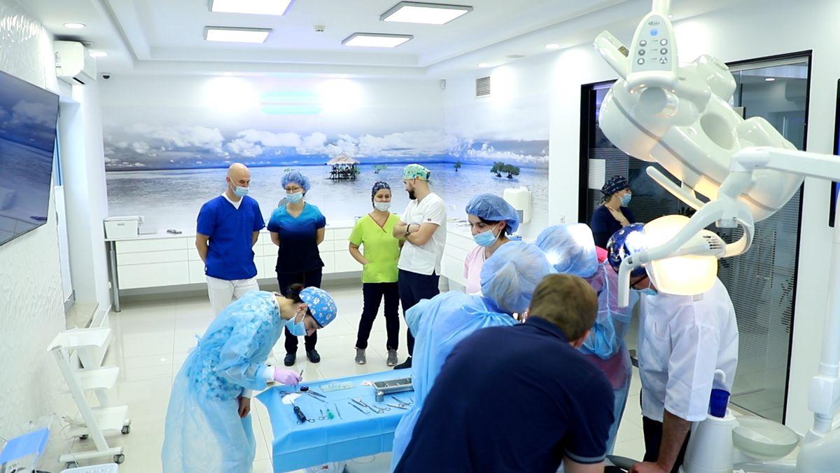 practiculum-implantologii-svi-s10-019
