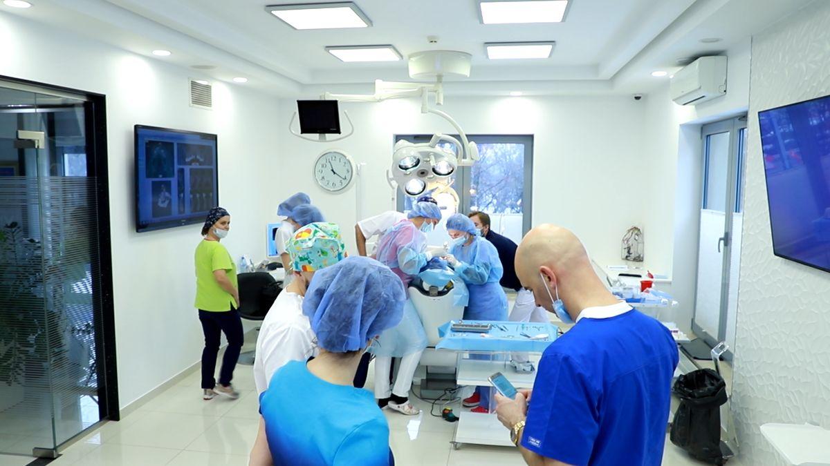 practiculum-implantologii-svi-s10-020