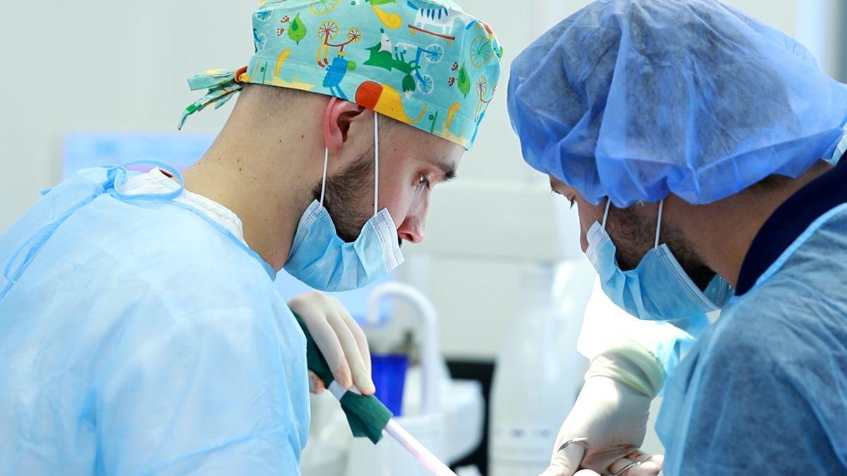 practiculum-implantologii-svi-s10-033