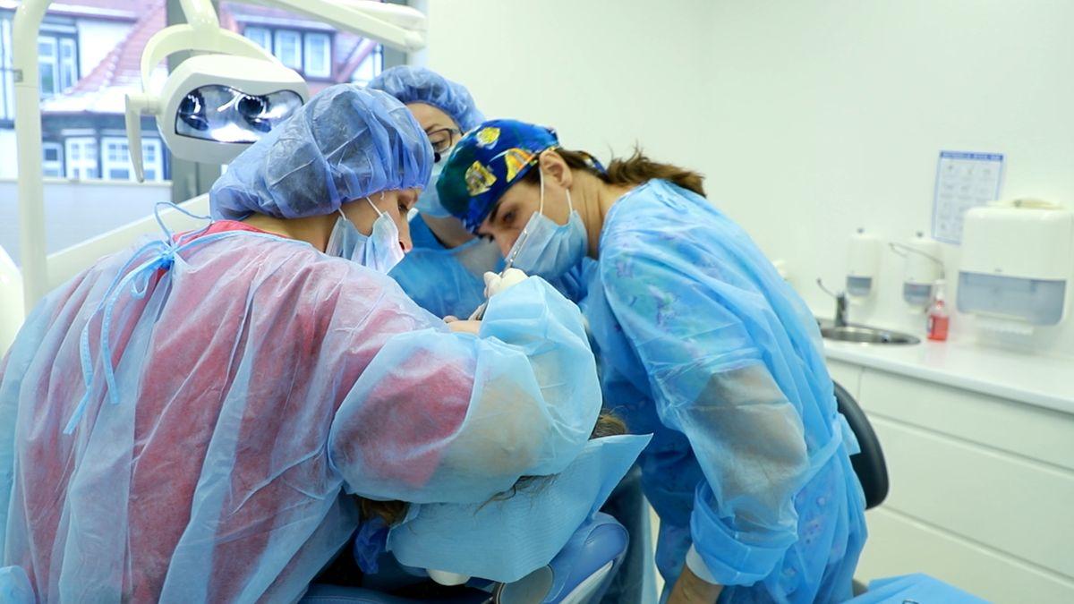 practiculum-implantologii-svi-s10-045