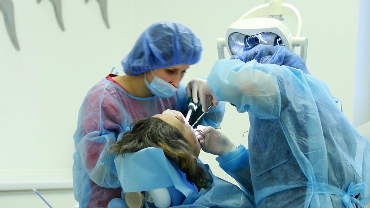 practiculum-implantologii-svi-s10-048