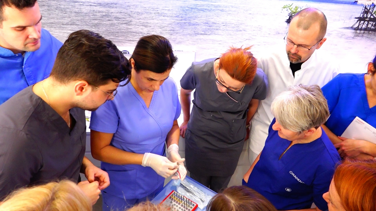 practiculum-implantologii-s7b-e2-002