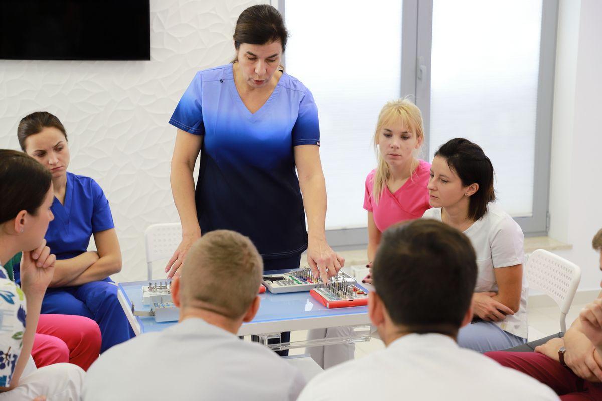 practiculum-implantologii-sviia-s2-014