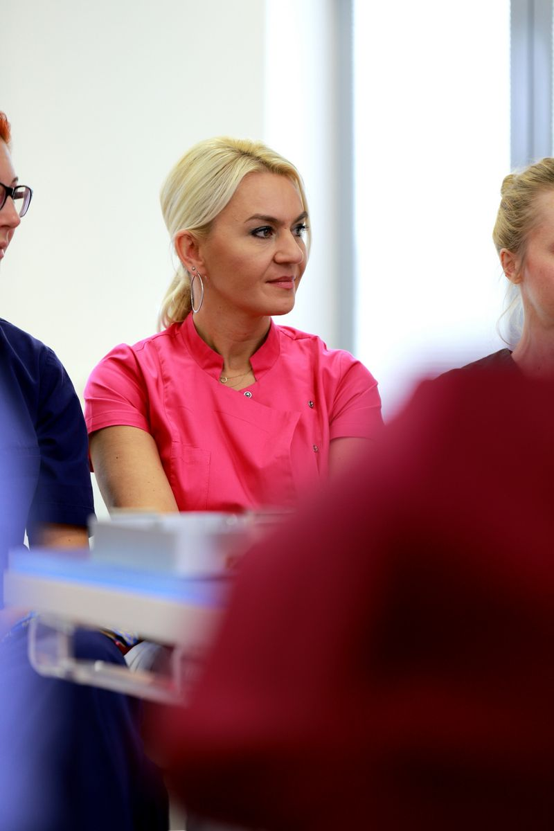 practiculum-implantologii-sviia-s2-037