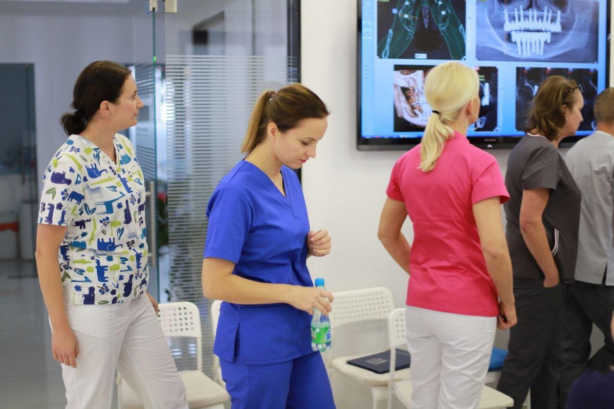 practiculum-implantologii-sviia-s2-059