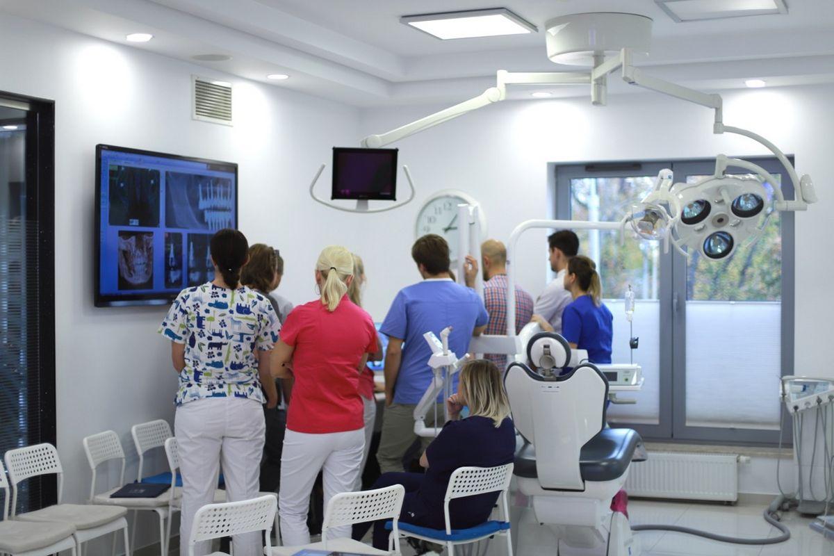 practiculum-implantologii-sviia-s2-060