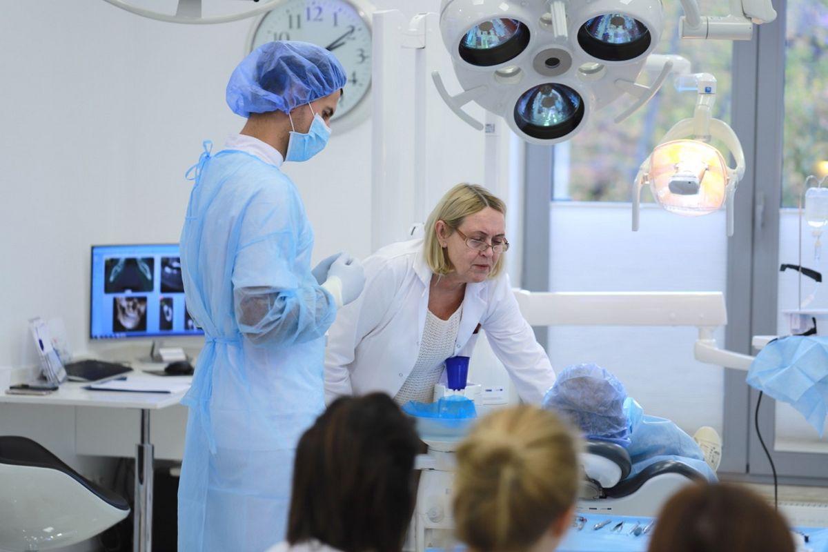 practiculum-implantologii-sviia-s2-063