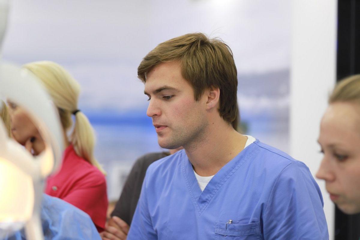 practiculum-implantologii-sviia-s2-077